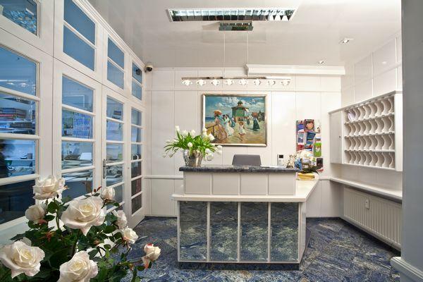 strandhotel garni monbijou in westerland auf sylt kontakt und buchungsanfragen. Black Bedroom Furniture Sets. Home Design Ideas